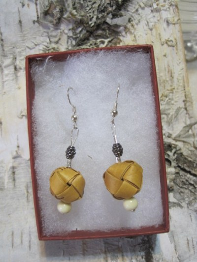 Birch ball earrings